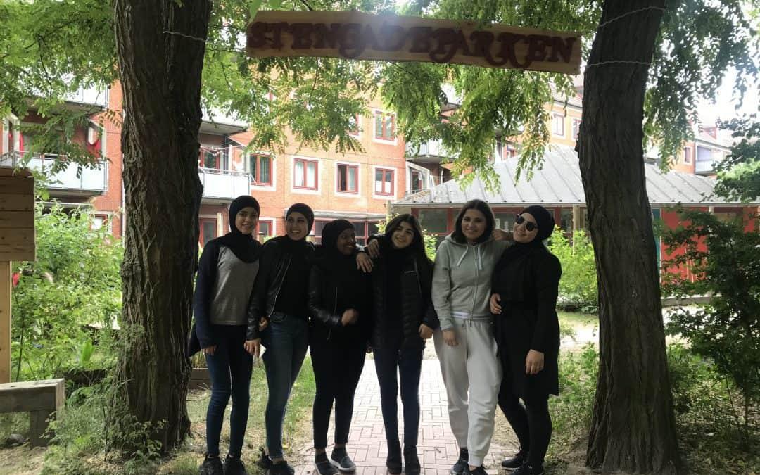 Pigerne i Stengadeparken